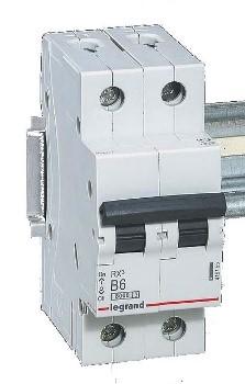 Modular circuit breaker RX3